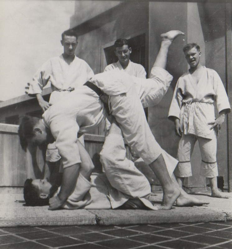[Original Judo Teaching Materials]. Sporting, Judo.