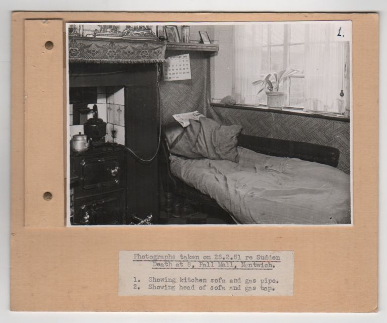 [Crime Scene & Accidental Death Photo Archive]. Forensics, Photography.
