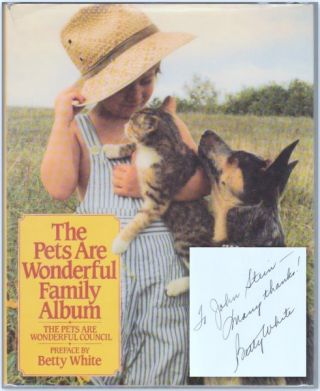 THE PETS ARE WONDERFUL FAMILY ALBUM